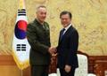 Moon et chef d'état-major des armées américaines