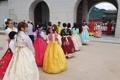 Foto con los guardas del palacio real
