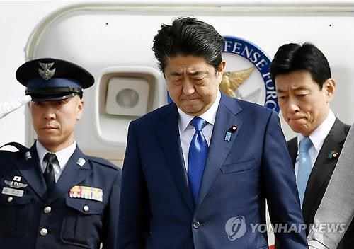 북핵위기로 지지율 회복 日아베, 다시 '전쟁가능국가' 개헌 야욕