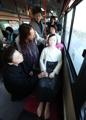 「少女像」搭乗の路線バス