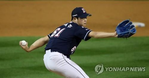 """""""함덕주가 MVP""""…두산 더그아웃에 쏟아진 칭찬"""