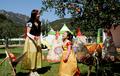 リンゴ祭りで白雪姫コスプレ