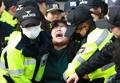 「トランプ氏訪韓に反対」 国会でデモ