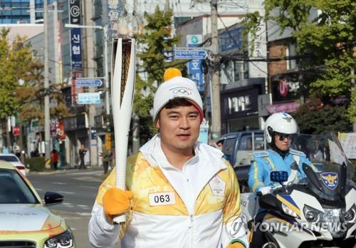 추신수, 22일 귀국…서울·부산·제주 오가며 봉사활동