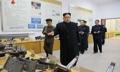 Kim Jong-un dans une usine de camions