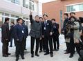 الرئيس مون يزور مدينة بوهانغ
