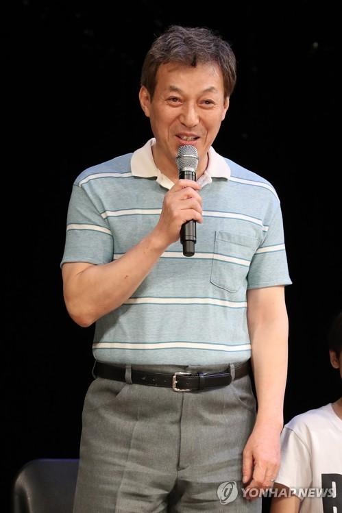 김갑수, 왼쪽눈 수술로 뮤지컬 '빌리 엘리어트' 당분간 하차(종합)