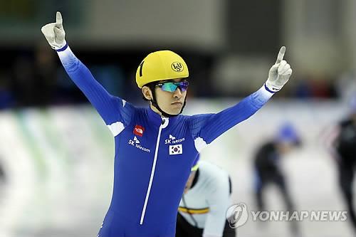 '장거리 간판' 이승훈, 월드컵 4차 대회 5,000m 11위