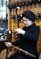 Avec un instrument chinois