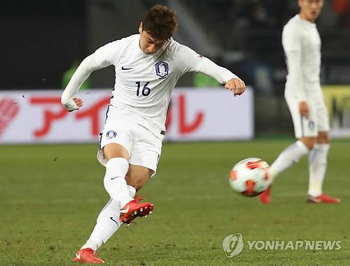 """정우영, A매치 데뷔골 한일전에서 작렬 """"맞는 순간 골직감""""(종합)"""