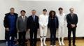 Ministre française des Sports et escrimeurs coréens