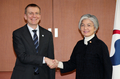 Avec le chef de la diplomatie lettone