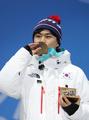 El patinador de velocidad surcoreano Kim Min-seok