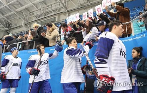 -올림픽- 백지선호, 캐나다에 0-4패…핀란드와 8강 PO(종합)