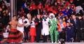 (الاولمبياد)أبطال أولمبياد بيونغ تشانغ مع توماس باخ