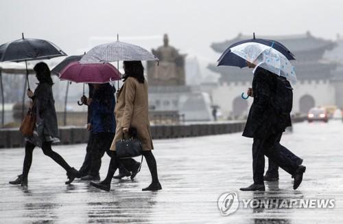 [날씨] 일요일 흐리고 비…봄더위 꺾이고 미세먼지 '양호'