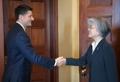 Avec le président de la chambre basse américaine