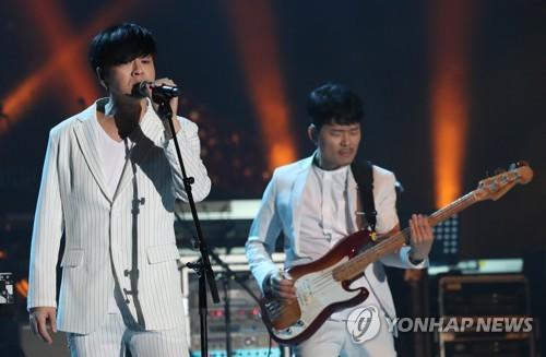 "YB, 24일 평양 공연실황 음반 발표…""음원 수익 기부"""