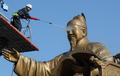 Nettoyage de la statue du roi Sejong