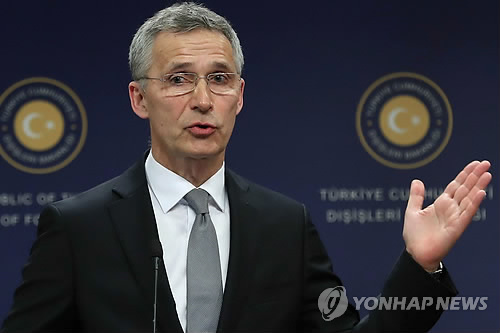 """나토 사무총장 """"北 구체적 변화 보일 때까지 제재 유지해야""""(종합)"""