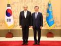 الرئيس مون يستلم خطاب الاعتماد المقدم من سفير لبنان الجديد