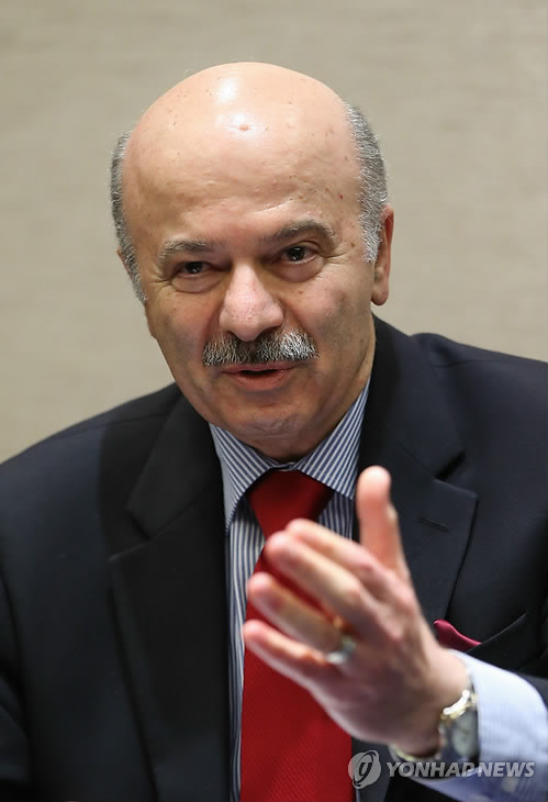 Reza Moridi, head of Ontario`s Ministry of Research and Innovation, speaks during a press conference with Yonhap News Agency at a Seoul hotel on May 3, 2015. (Yonhap)