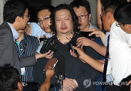 横領罪などで起訴されたデギュン被告=(聯合ニュース)