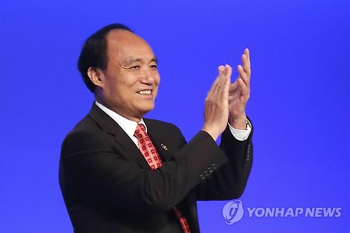 次期ITU事務総局長に選出された趙厚麟氏=23日、釜山(聯合ニュース)