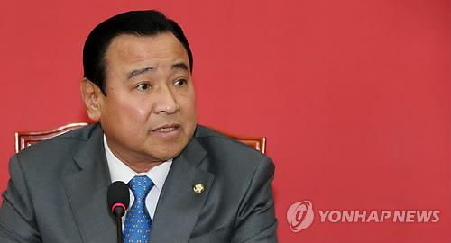 韓国新首相に李完九・与党院内代...