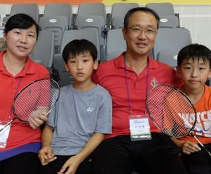 '우리는 배드민턴 가족'…대회 첫 출전 이상훈 씨 부부