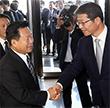 최룡해 노동당 비서 만난 류길재 장관