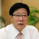 (لقاء يونهاب) رئيس لجنة تنظيم مهرجان تشون -تشيون الدولي للألعاب الترفيهية