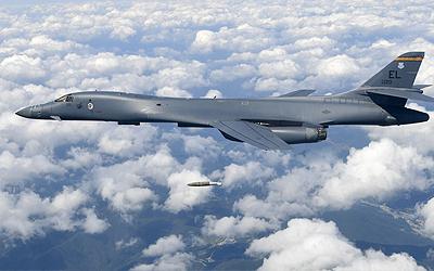 US B-1B bombers fly off N. Korea's eastern coast in show of force