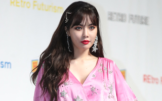 Triple H's Hyuna says want to show off glamour and maturity