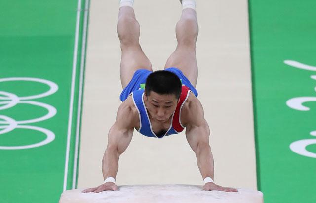 N. Korean gymnast wins gold medal