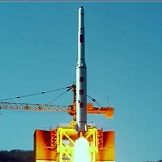 [현장영상] 북한 '광명성 4호' 발사 장면 사진 공개