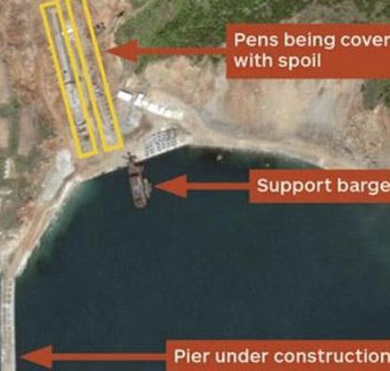 북한이 건설 중인 잠수함 기지