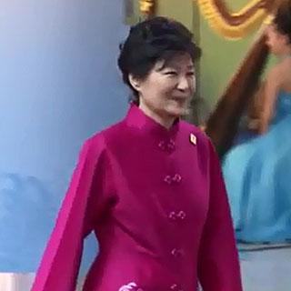 대통령 옷값ㆍ정유라 보호자…특검 손에 떨어진 의혹들