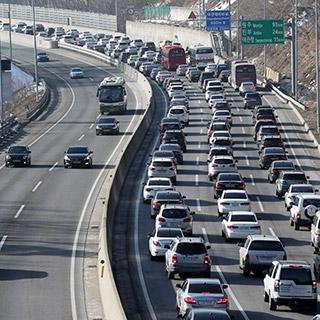 [포토무비] 짧은 설연휴 고속도로 가장 혼잡한 날은?