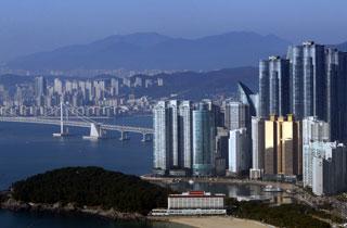 싼커가 좋아하는 세계 10대 여행지에 부산 선정