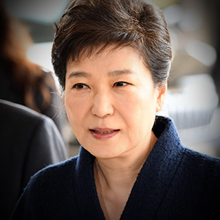 [포토무비] 박근혜 소환, 자택서 검찰청까지 8분