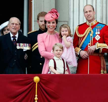 """해리 英왕자 """"왕가에서 왕·여왕 되려는 사람 없다"""""""