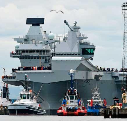 英 첨단 항모 '퀸 엘리자베스'號 첫 시험항해