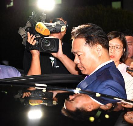 검찰 조사 마친 국민의당 이용주 의원