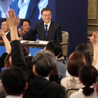 [포토무비] 자유질의·'無각본'…文대통령 취임 100일 기자회견
