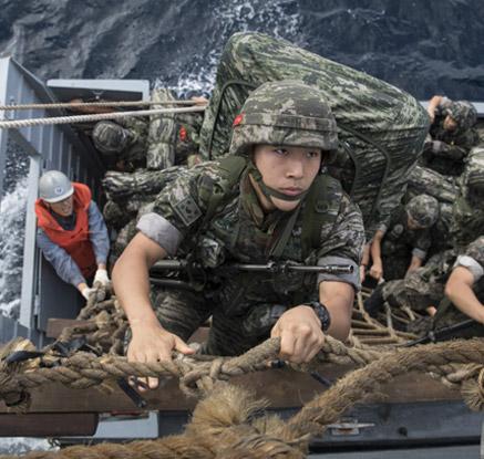 해병대 울릉도 전개...도서 지역 위기대응 훈련