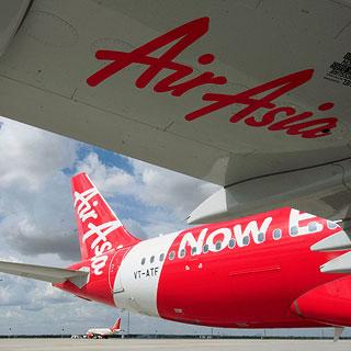 [현장영상] 에어아시아 6㎞ 추락하듯 급강하…승객들 가족에 작별인사 하기도