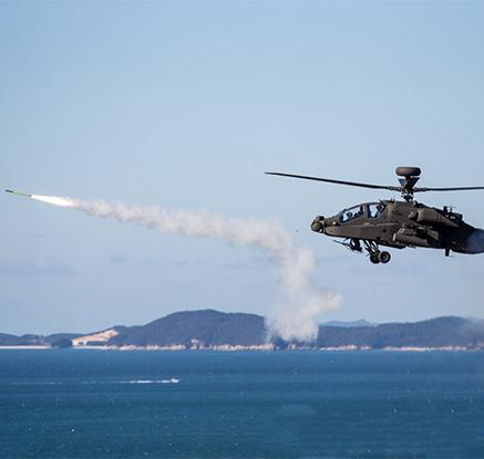 육군, 아파치 '스팅어' 미사일 첫 실사격 훈련 실시