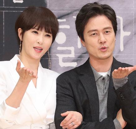 김선아-감우성 '키스 먼저 할까요?'
