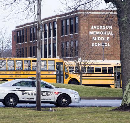 美 오하이오 중학교서 총기 발사돼 학교 봉쇄
